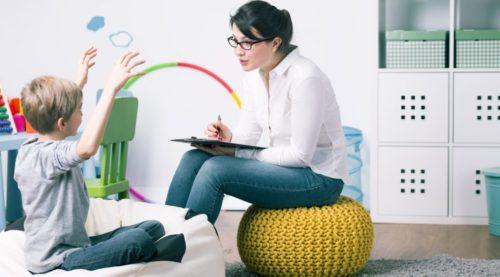 Ребенок и психолог