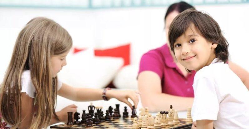 Даешь уроки шахмат российским школам?