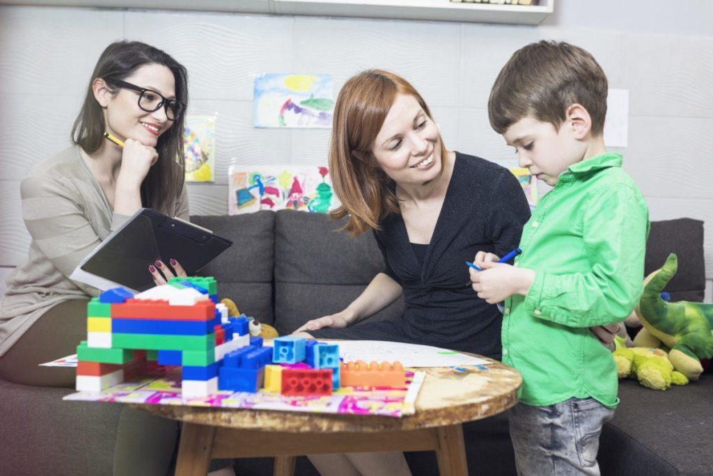 Взаимоотношения воспитателя и родителя