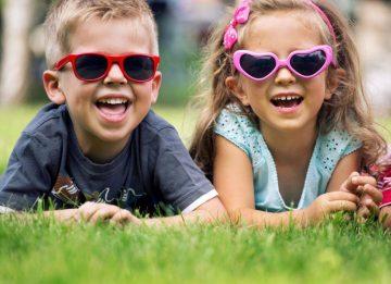 Дети и солнечные очки