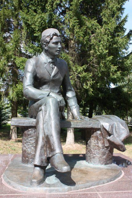 Памятник Г. Тукая в Кырлай