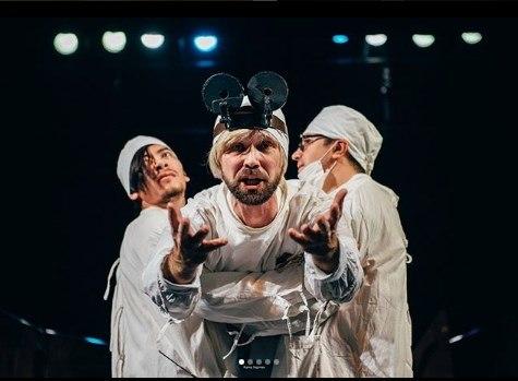 """Спектакль """"Нос"""" на сцене Казанского ТЮЗа / Фото Instagram"""