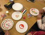 Роспись детьми тарелок