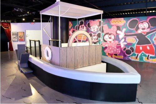 Выставка Микки Мауса