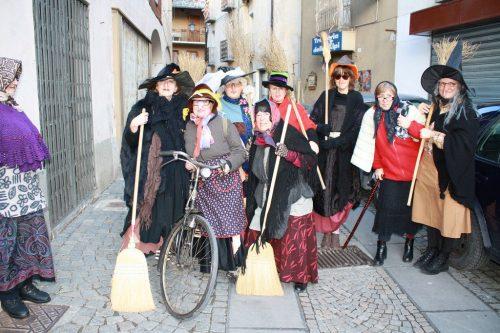 Итальянские дети с нетерпением ждут визита Ла Бефана или Рождественской Ведьмы